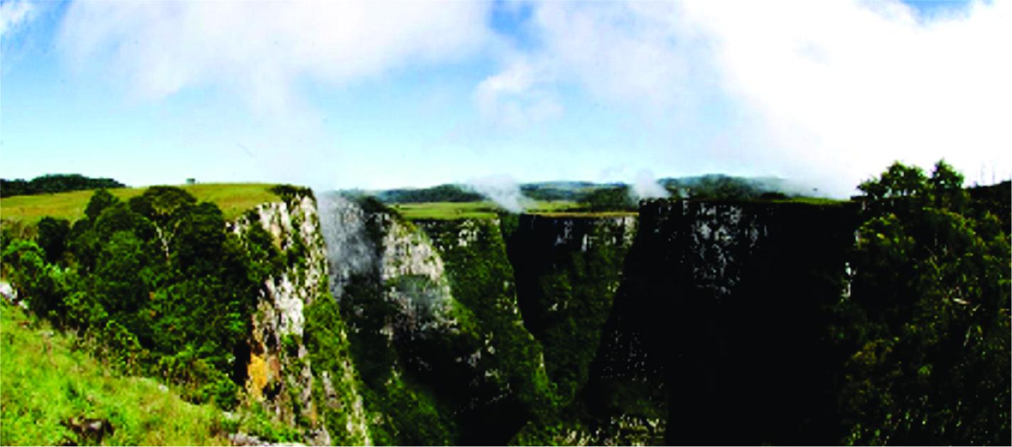 O imponente Canion das Laranjeiras em Bom Jardim da Serra SC